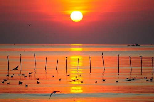 Bang Pu Sunset, Thailand