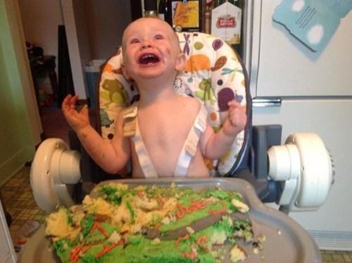 messy kids,birthday cake,high chair
