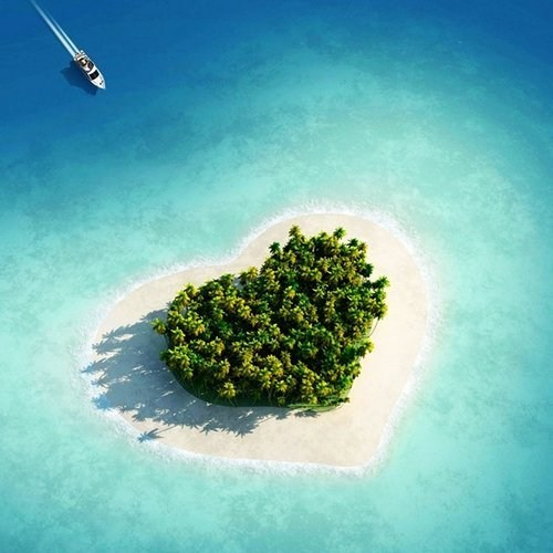 I Love You Too, Tavarua, Fiji