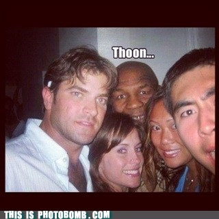 Classic: the Heavyweight Photobomb Champion