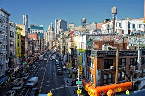 The Polyglot Voice of Manhattan's Streets