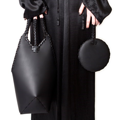fashion,purse,bag,chinese finger trap,style,weird,if style could kill
