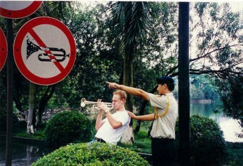 rules,signs,trumpet