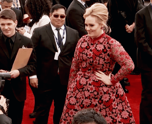 Adele... What Are You Wearing?!