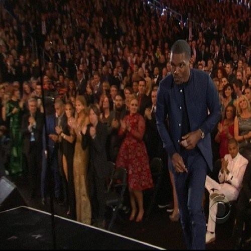 Frank Ocean Won, and LOOK WHO DIDN'T STAND UP DURING THE OVATION