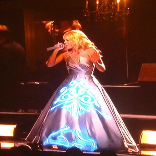 Carrie Underwood's Dress is AMAZEBALLS