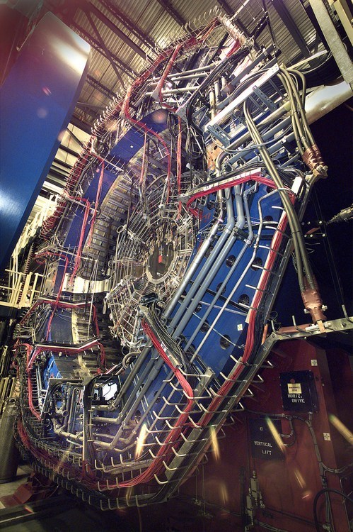 physics,particle collider,super cooling,science
