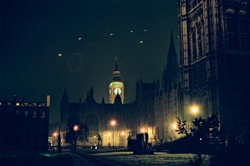 London,cityscape,night,fog