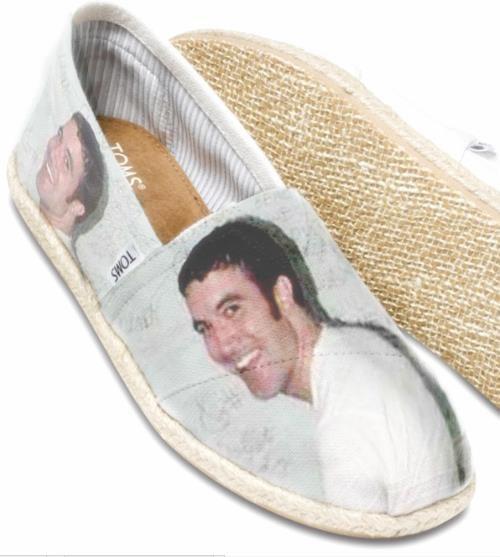 shoes,myspace,toms