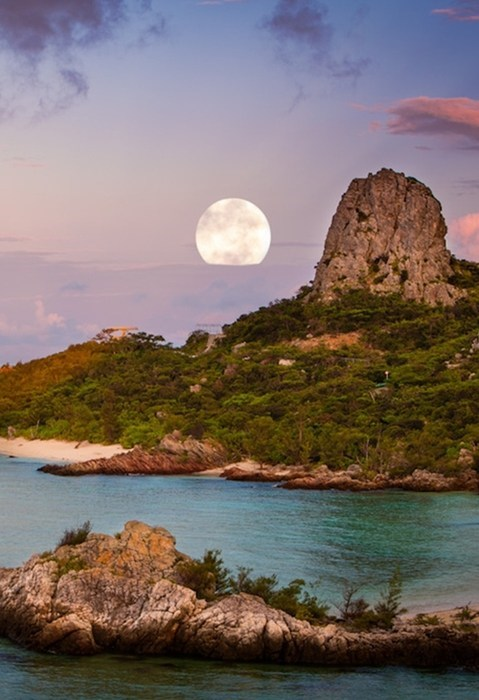 Moonrise on the Beach