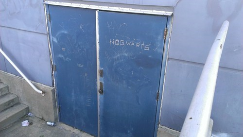 Harry Potter,graffiti,hacked irl,Hogwarts