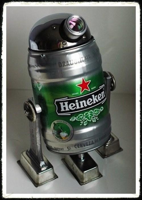 star wars,r2-d2,Heineken,keg