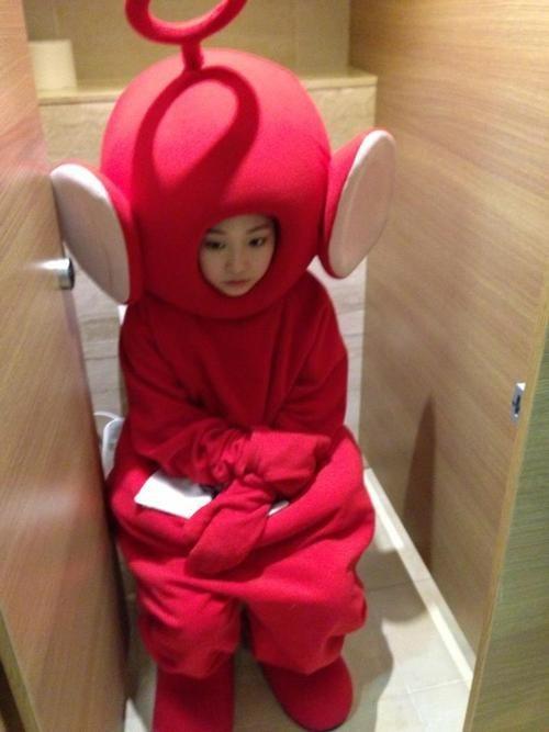 wtf,costume,teletubby,toilets