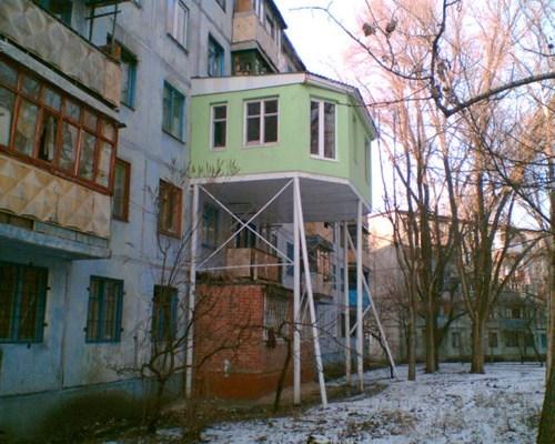 addons,arcitecure,balconies