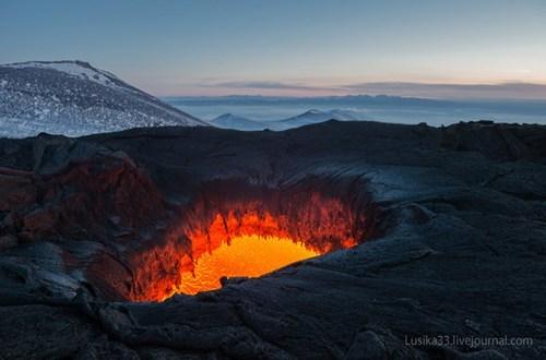 The Tolbachik Eruption, Right Up Close