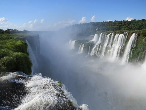 The Dramatic Border Between Argentina and Brazil