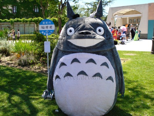 Amazing Tonari no Totoro Cosplay!