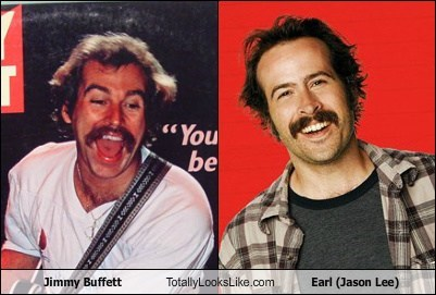 Jimmy Buffett Totally Looks Like Earl (Jason Lee)