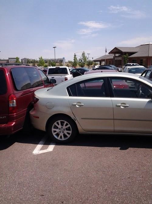 Somebody Took Revenge for This Parking FAIL