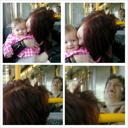 Babies,photobomb,buses,funny