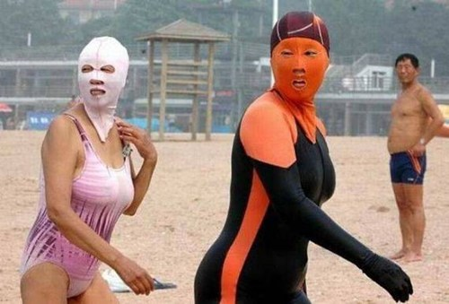 Lady Mexican Wrestlers Go to the Beach