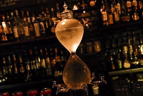 device,wtf,booze,decanter,magic