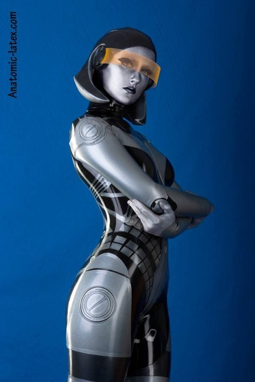 The most amazing EDI cosplay ever by anatomic-latex