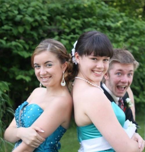 photobomb,prom,funny