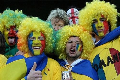 photobomb,england,football,romania,funny