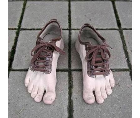 'Toe Shoes' Have a Whole New Meaning