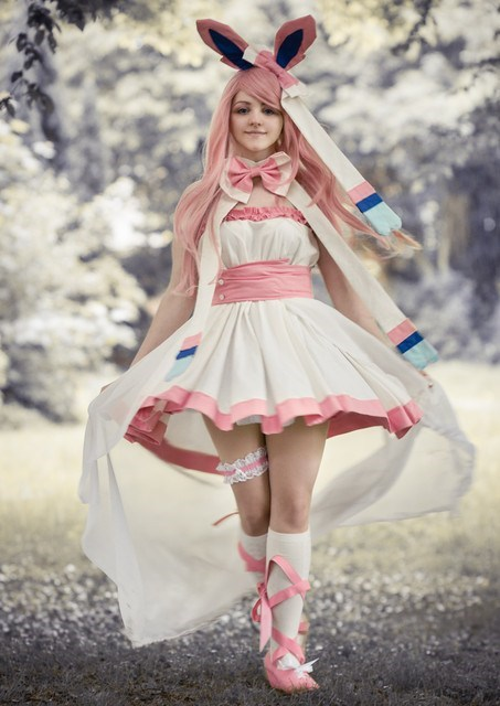 Sylveon cosplays are getting good
