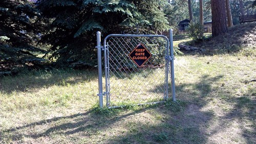 sign,fence,irony,funny,gate