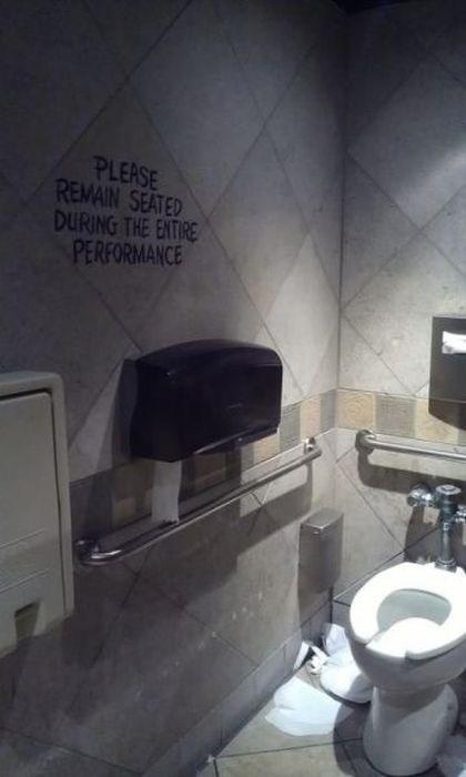 Bathroom Graffiti,bathroom,graffiti,hacked irl,funny
