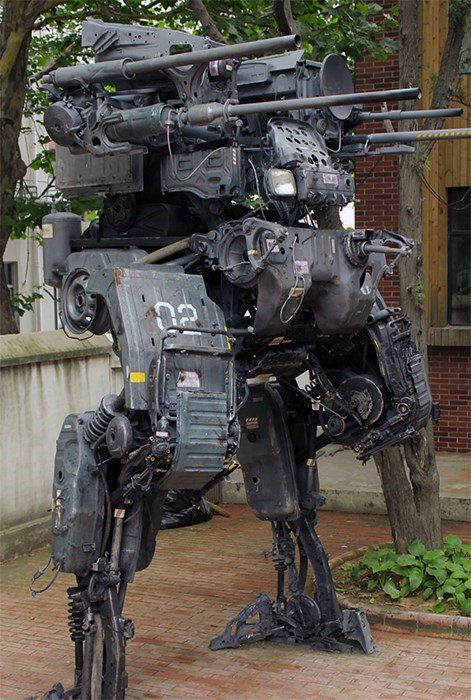 This Amazing Mech Was Made from Old Car Parts