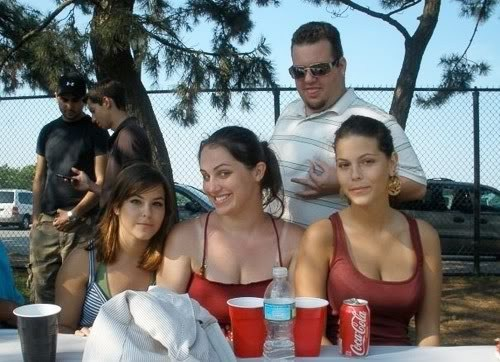 This Photobomber is a Little Twisted...