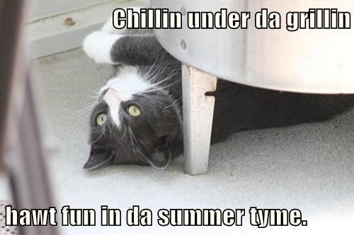 Chillin under da grillin  hawt fun in da summer tyme.