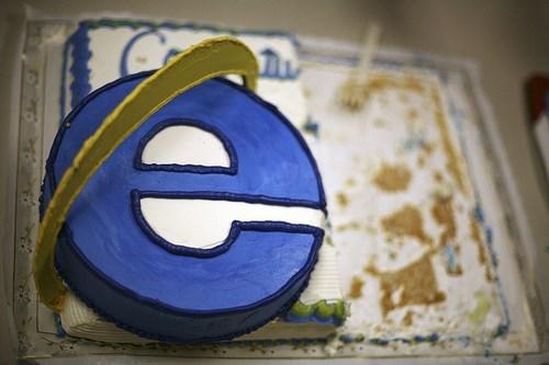 Happy Birthday of the Day: Internet Explorer Turns 18