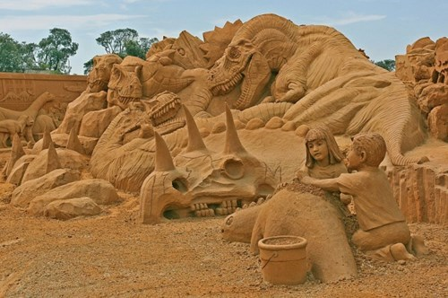 Sand Art Like This Makes You Wish Summer Wasn't Going Extinct Soon