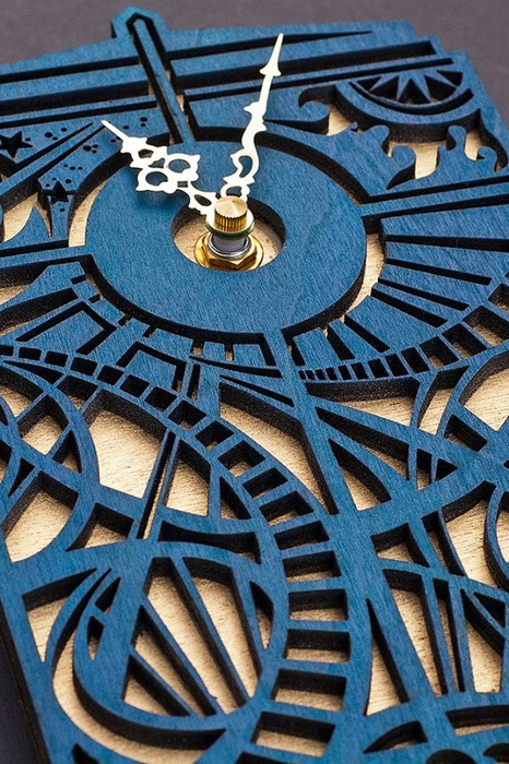 Keep Track of Time With This Tardis Clock
