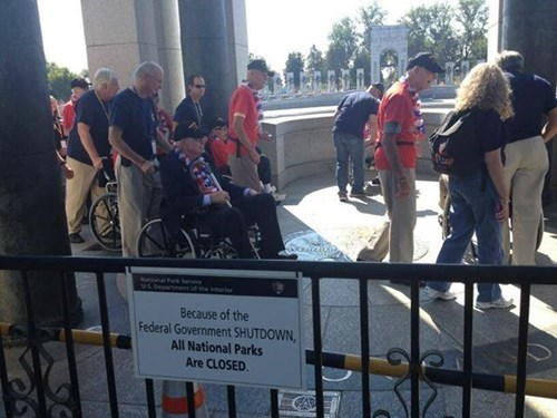 These WWII Vets Don't Care About a Shutdown. They're Going to See the Memorials for the Wars They Fought In