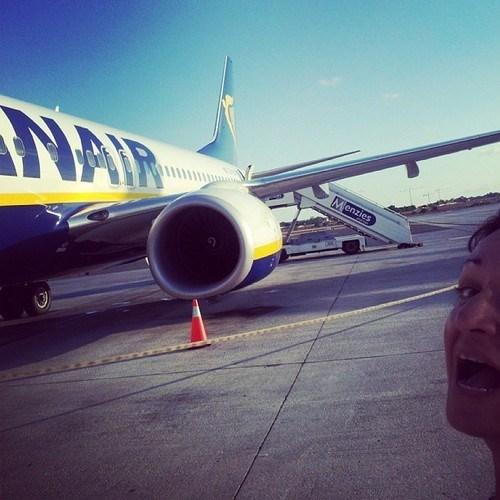 photobomb,airplanes