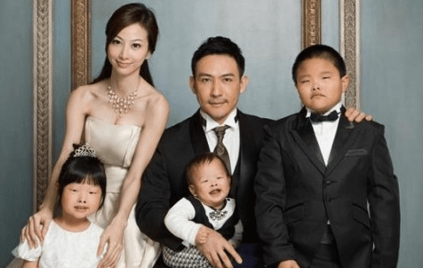 Crazy Lawsuit of the Day: Man Sues His Wife for Having Ugly Children and Wins
