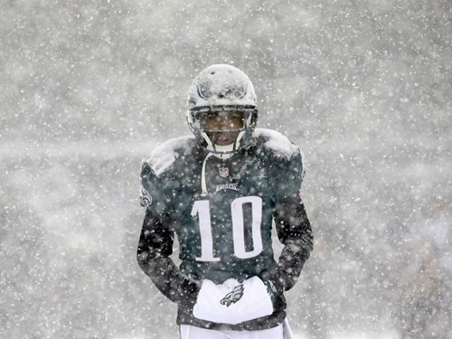 Crazy Weather of the Day: A Snowy Sunday Makes Football Awesome