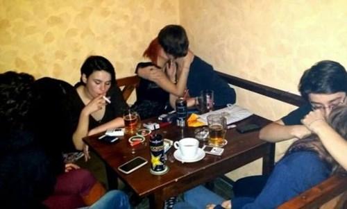 forever alone,PDA,smoking