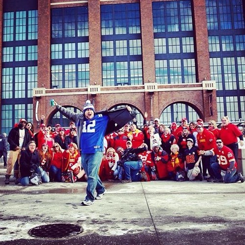 Colts Fan Photobombs Chiefs Fans