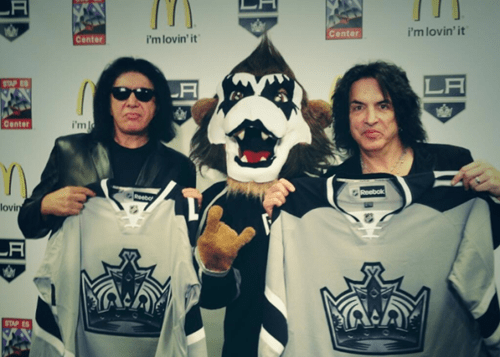 The Very Special Meeting of KISS and Hockey, Because Gene Simmons Says No to Nothing