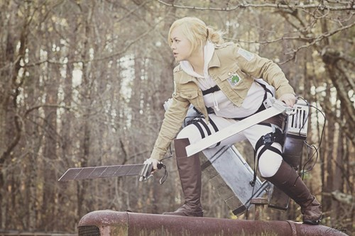 How Awesome is This Annie Leonhardt Cosplay?