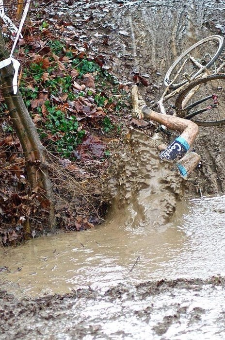One Picture That Explains Everything You Need to Know About Cyclocross