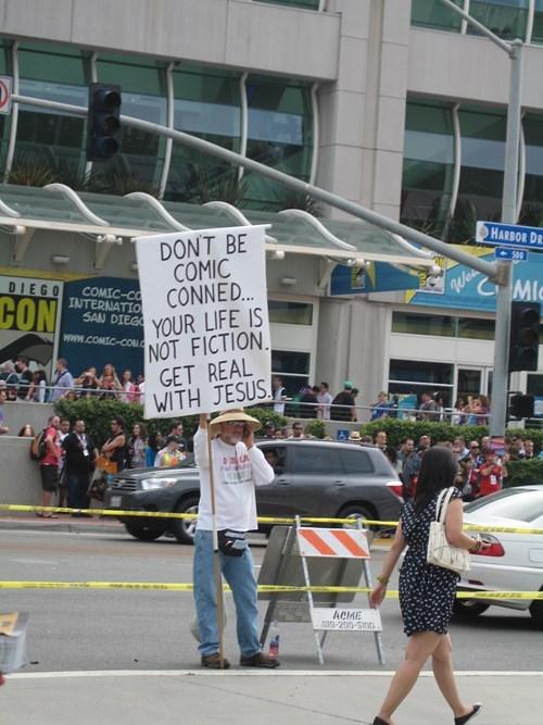 comic con,religious,conned