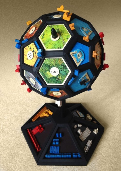 Instructable of the Day: Learn to Make You Very Own Catanosphere